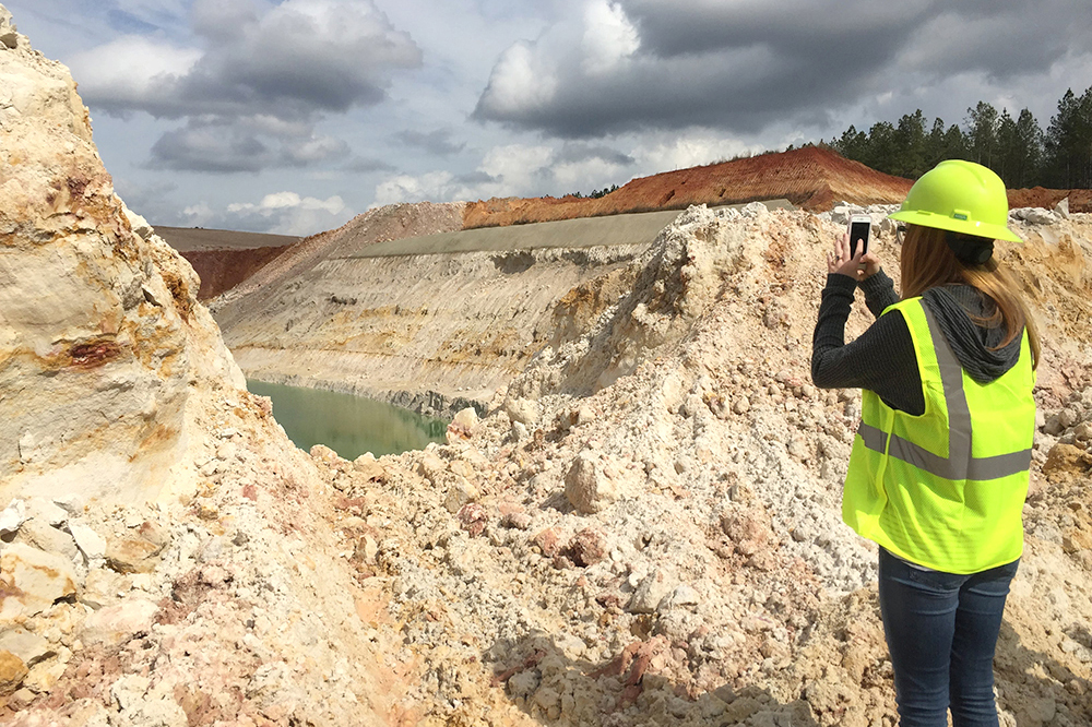 Through the Archway Partnership, UGA students are evaluating the potential for a museum that highlights the role kaolin plays in the history and economy of Washington County.